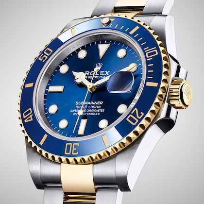 model-page-submariner-date_m126613lb-0002_2001ac_002_medium_2