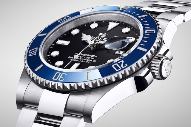 model-page-submariner-date_m126619lb-0003_2001ac_003_large_3