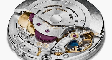 Perpetual, mechanical , self-winding , with a magnetic shield to protect the movement