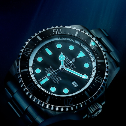 Sea-Dweller luminescence